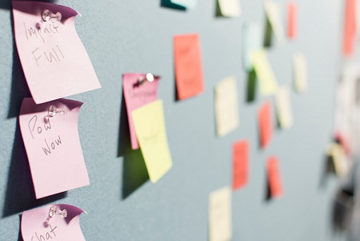 Outsourcing es el proceso de subcontratar un servicio